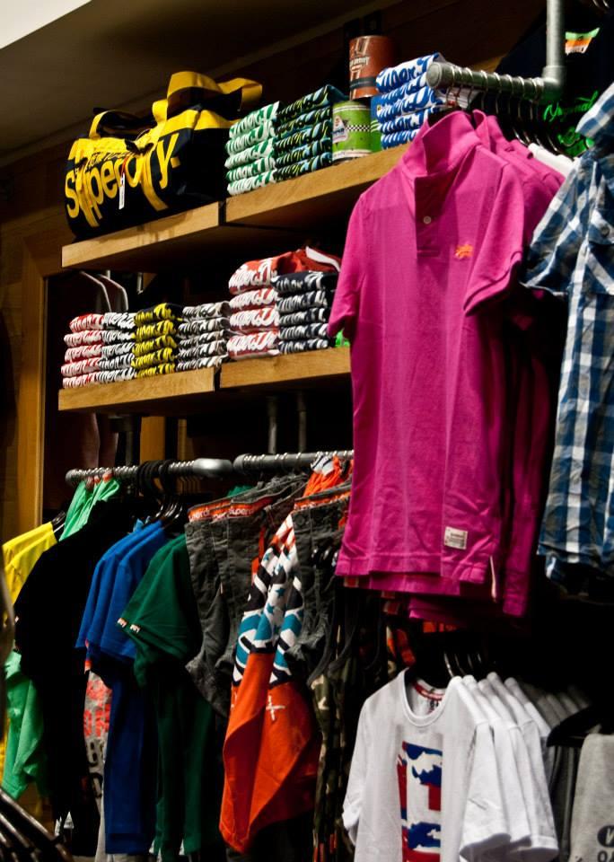 ... Εξοπλισμός-καταστημάτων-ρούχων-έπιπλα-για-καταστήματα-με-ρούχα- ... 703a774eb02