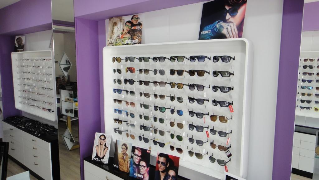 κατάστημα-οπτικών-διακόσμηση.jpg
