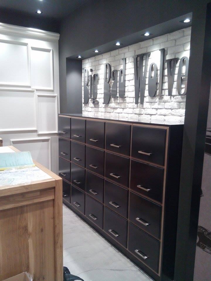 Συρταριέρα-ταμείου-καταστήματα-εσώρουχων.jpg