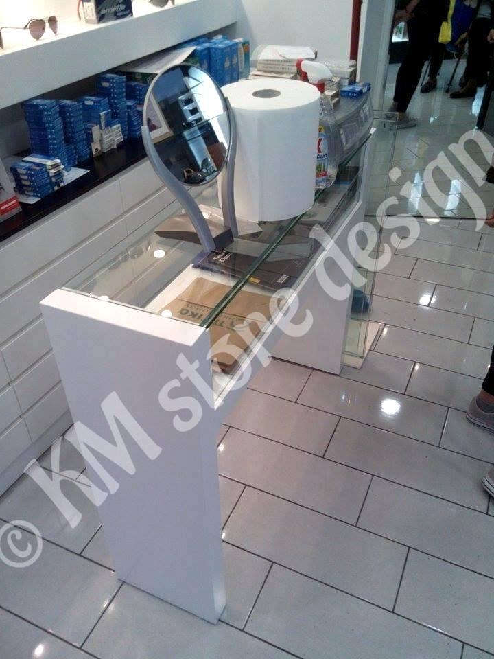 293550254c Ανακαίνιση οπτικού καταστήματος Κυψέλη - Επιπλώσεις καταστημάτων - KM  storedesign - Σχεδιασμός