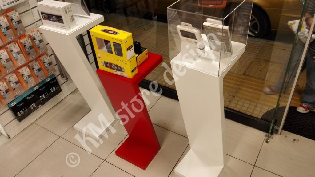 Σταντ-βιτρίνας-για-κινητά-tablet-αξεσουάρ-επίπλωση-διακόσμηση-βιτρίνας-1024x575.jpg