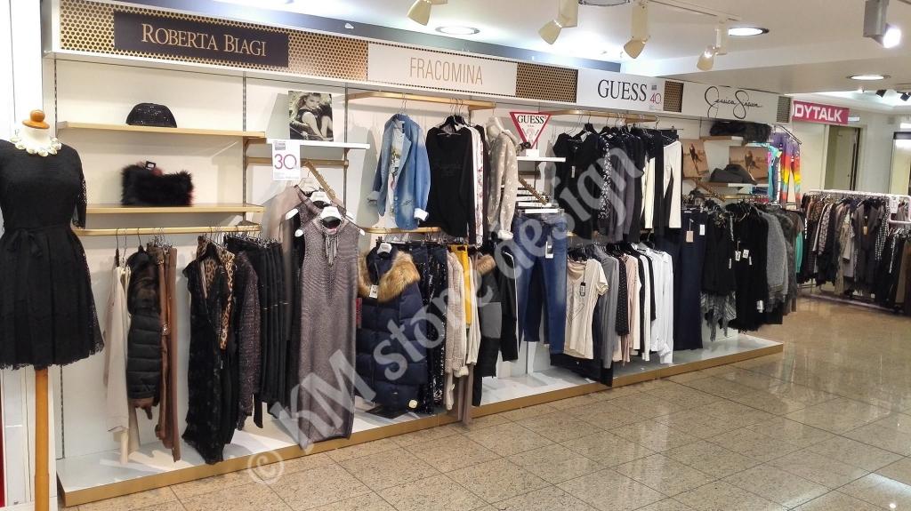 Μονάδα-ρούχων-στο-Hondos-center-Περιστέρι-Μονάδα-ένδυσης-liujo-jeniffer-lopez-francomina-guess-jessica-simpson-1024x575.jpg