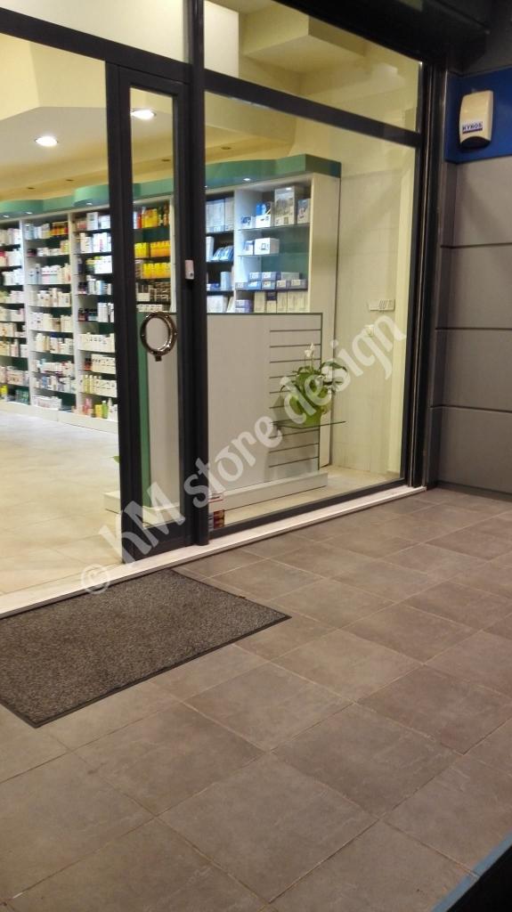 Συρταριέρες-φαρμακείου-διακόσμηση-φαρμακείων-έπιπλα-καταστημάτων-φαρμακείων-ραφιέρες-575x1024.jpg