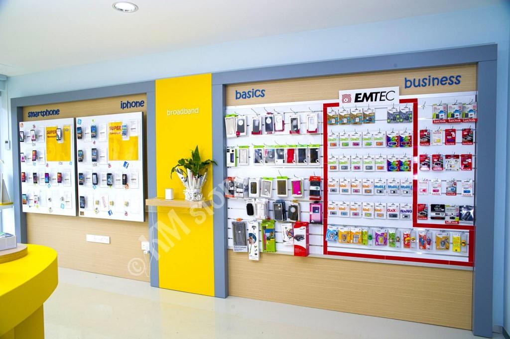 Πλάτες-μονάδες-κινητών-σλάτ-πανελ-έπιπλα-για-καταστήματα-με-κινητά-1024x681.jpg