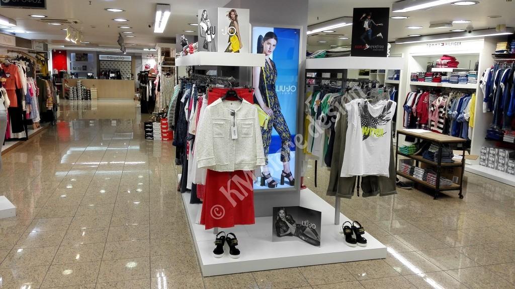 1a0fce86056 Κεντρικά Στάντ Μονάδες ρούχων Hondos Center Περιστέρι - KM store design