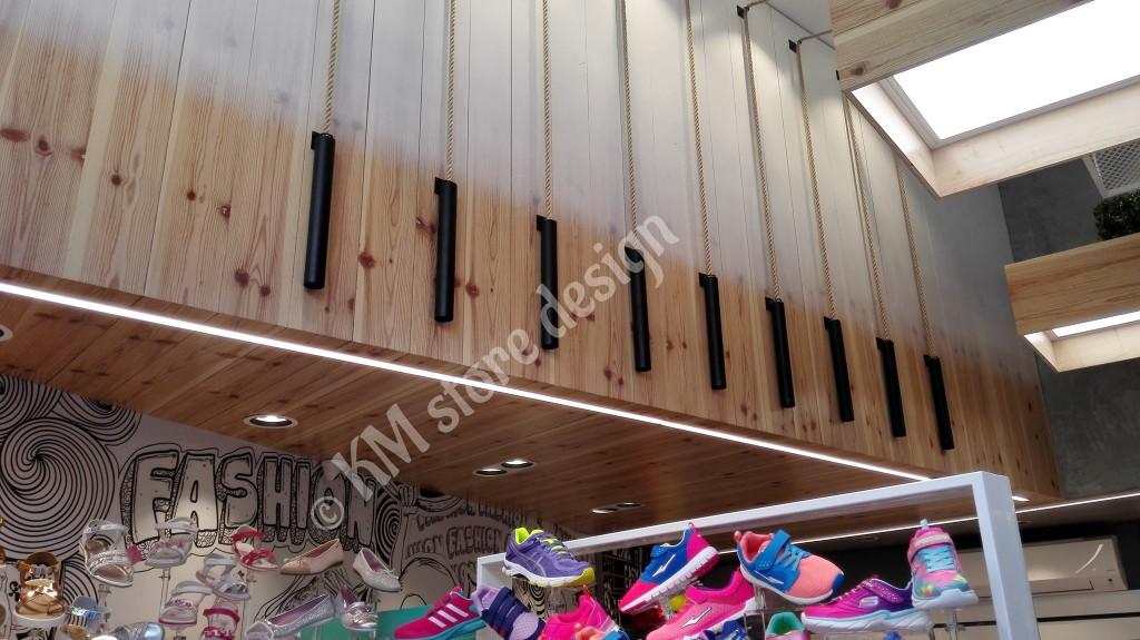 Επενδύσεις-τοίχων-σε-καταστήματα-ξύλινες-επιφάνειες-1024x575.jpg