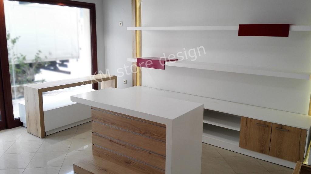 επιπλωση-καταστηματος-ξυλινα-επιπλα-1024x575.jpg
