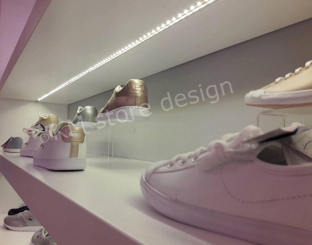φωτισμος-σε-ραφια-για-παπουτσια-1024x805.jpg
