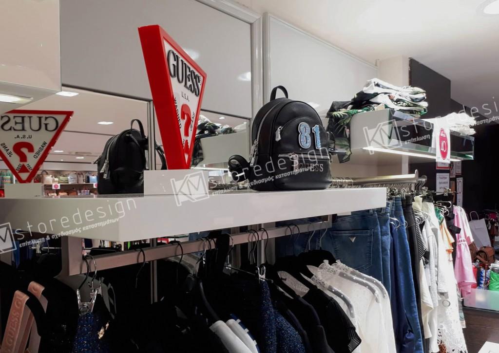 Ραφιέρες-για-κατάστημα-ρούχων-1024x725.jpg