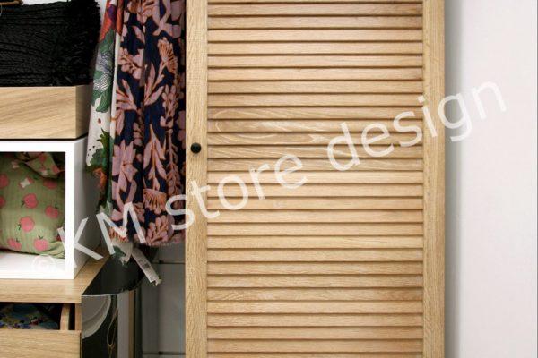 ντουλάπια με πόρτα σκίαστρο